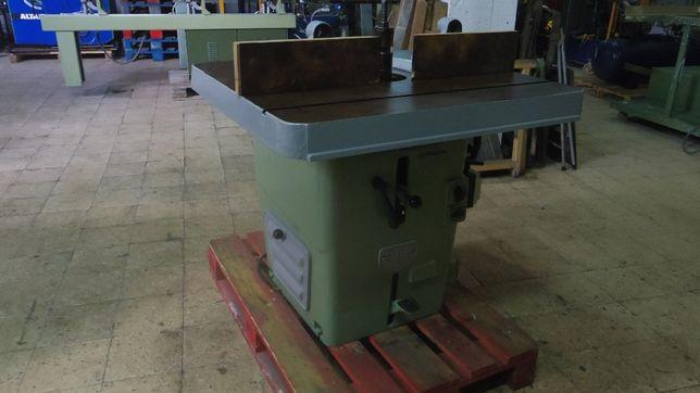 Tupia com mesa inclinável - carpintaria
