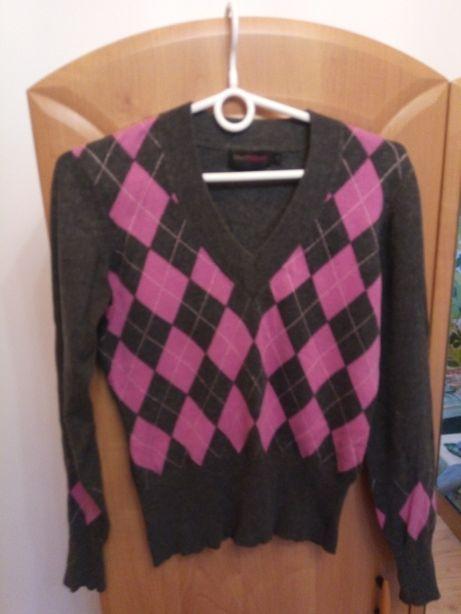 sweter siwo-różowy M