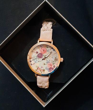 Relógio comprado na biju