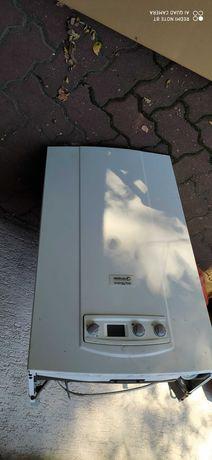 kocioł gazowy ścienny brotje energy top model 24 CE z zasobnikiem piec