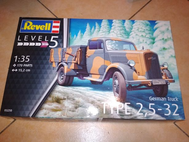 модель грузовик Revell german truck type 2,5-32 1/35 обмен