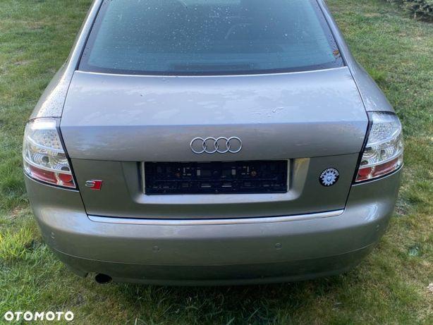 Audi A4 B6 Sedan Tylna Klapa