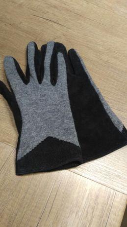 Damskie rękawiczki z łączonych materiałów