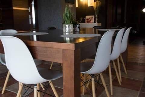 Duzy stół rozkladany 120 cm x250