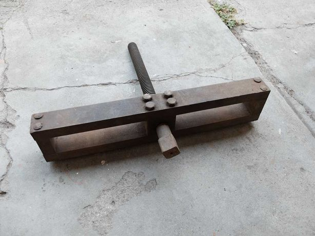 Ścisk zacisk długość 50cm fi gwintu 34mm możliwa wysyłka