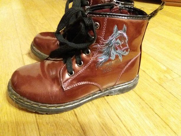 Ботінки / черевики для дівчинки