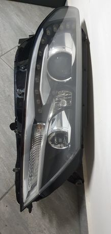 VW  Passat CC lift 12-16 Reflektor lampa prawa Idealna