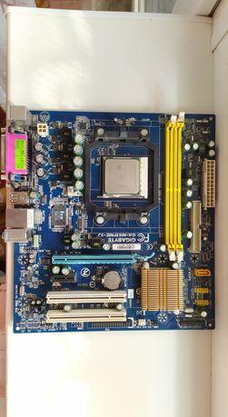 материнская плата gigabyte ga-m61pme-s2 + процесор AMD.