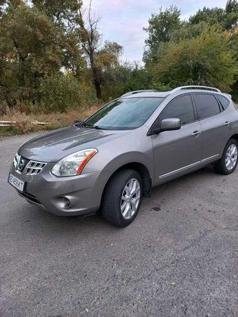 Продам автомобиль Nissan Rogue 2011