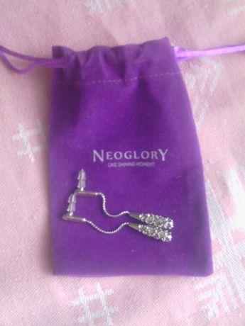 Бижутерия серьги Neoglory.