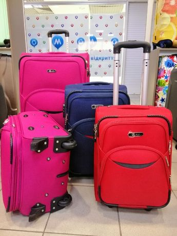 Текстильный чемодан,металлический каркас СКЛАД-МАГАЗИН.Валіза 2 колеса