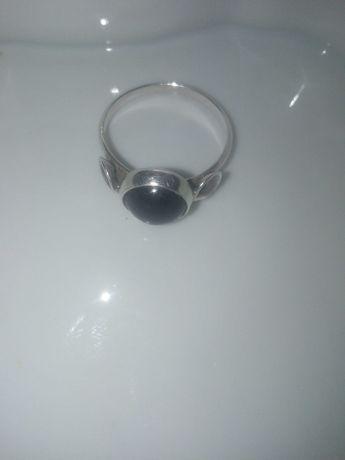Stary srebrny pierścionek r 10