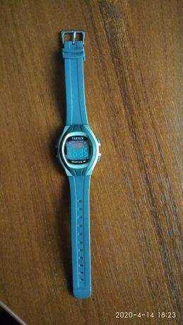 Продам часы Taksun