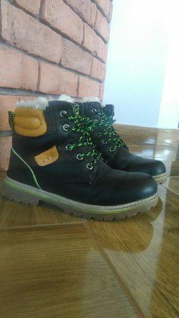 Buty dla chłopca zimowe trapery buty 32r zimowe
