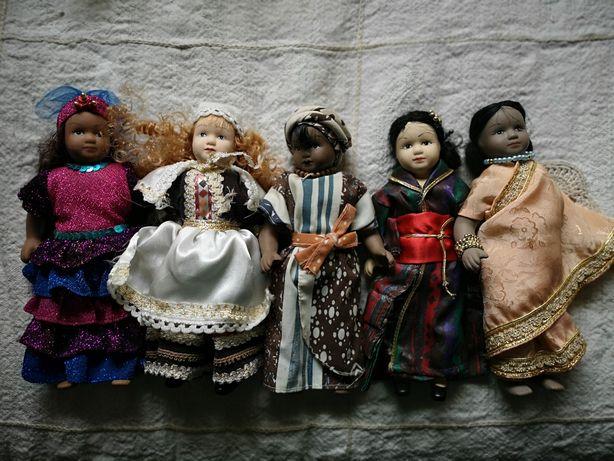Bonecas de porcelana - culturas do mundo