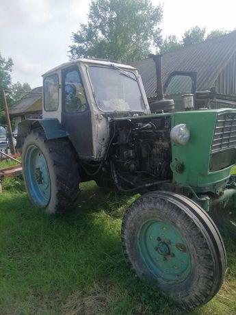 Трактор ЮМЗ 6 продаю