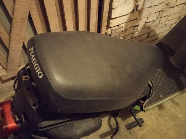 Piaggio Quartz siedzenie