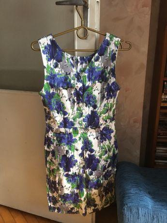 Sukienka w kwiatki r.34
