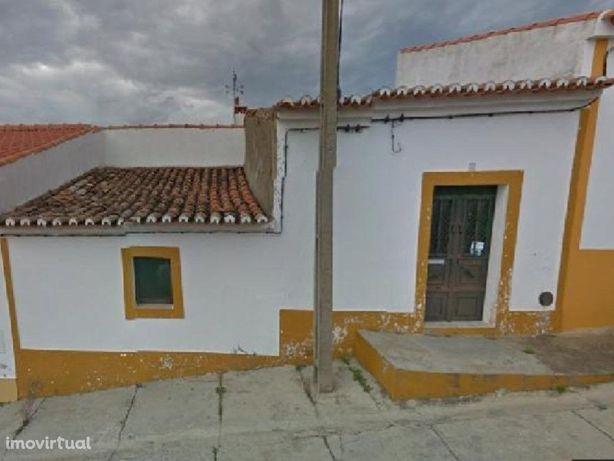 Imóvel de Banco - Moradia V2 em Moura - Beja - Fin. 100%