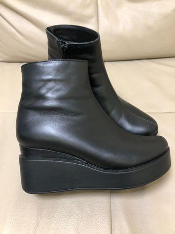Зимние ботинки натуральна кожа танкетка 37 размер кожаные платформа