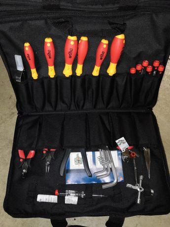 WIHA Zestaw narzędzi dla techników serwisowych 37137