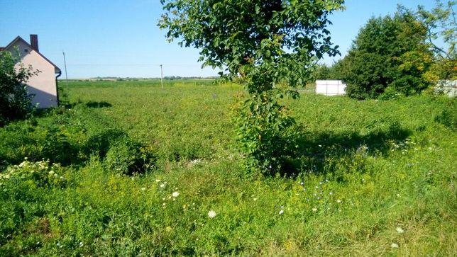 Продам земельну ділянку під забудову с.Коршовець