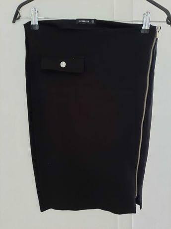 Ołówkowa spódnica z suwakiem Reserved r.34/36