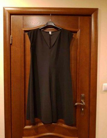 Sukienka - Mała Czarna / M