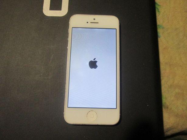 продам айфон 5 в робочем состоянии