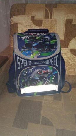 Рюкзак, портфель, ранец ортопедический школьный для мальчика.
