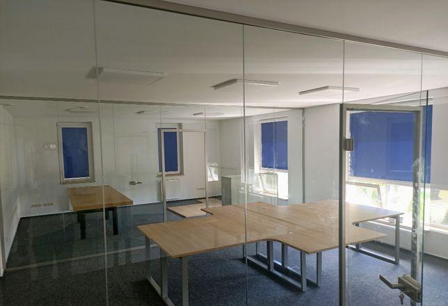 Działowe ściany szklane, szprosy, balustrady szklane
