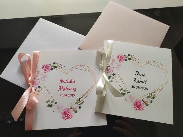 Zaproszenie ślubne z motywem kwiatowym
