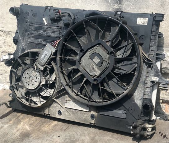 Дифузор радиаторов Диффузор на касету Вентилятор VW Touareg Audi Q7