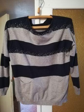 Женский лёгкий тёплый свитер