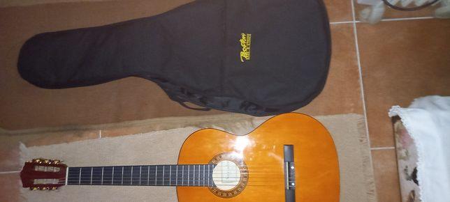 Guitarra classica.