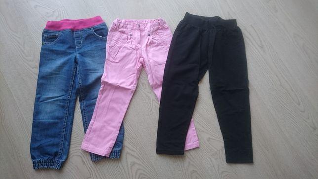 3 pary spodni na 122 ok 5 lat