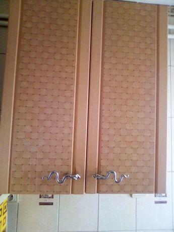 навесной шкаф-сушилка для посуды