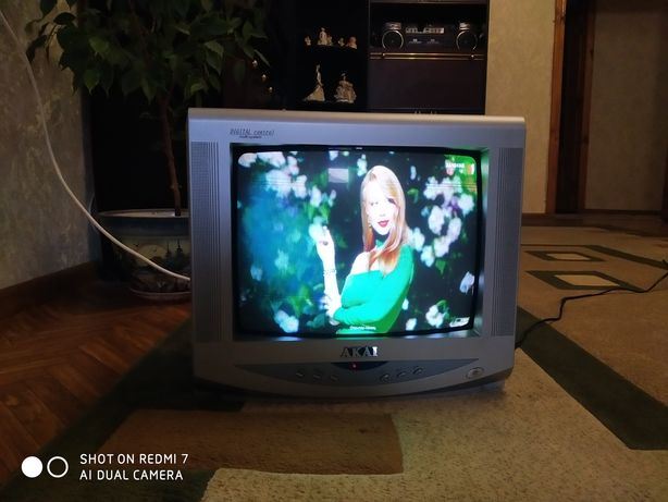 Телевизор Аkai. Для дома.