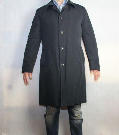 Hugo Boss -stan idealny płaszcz