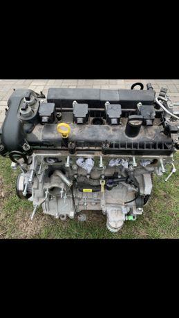 Форд фокус 3 . 2 л 600$ двигатель мотор .