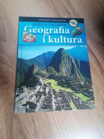 """Książka """"Geografia i kultura"""""""