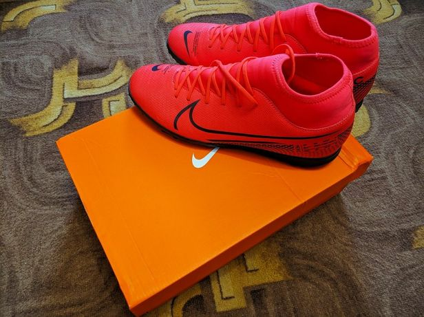 Сороконожки Nike Superfly 7 Club TF. Оригинал.