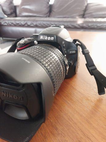 Lustrzanka cyfrową Nikon d5100 wraz z obiektywem 18-105VR