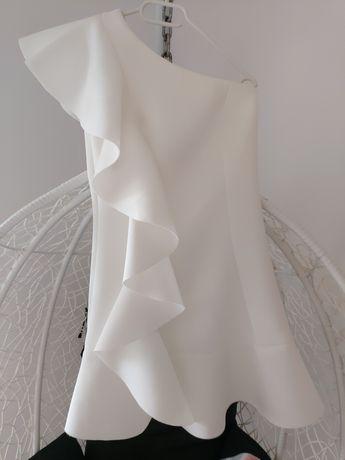 Sukienka biała z pianki