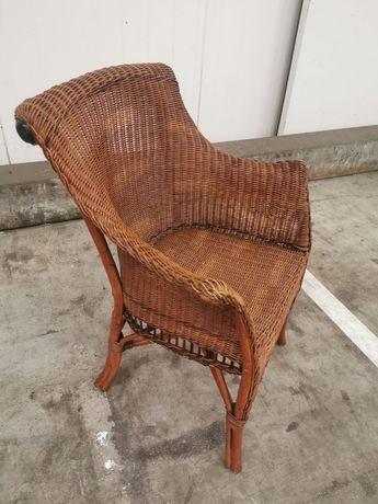 Ładny Fotel rattanowy