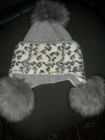 Зимняя шапка из ангоры для девочки