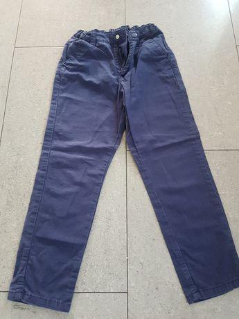 Spodnie r. 116