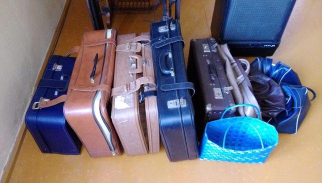 Starocie – stare walizki i torby