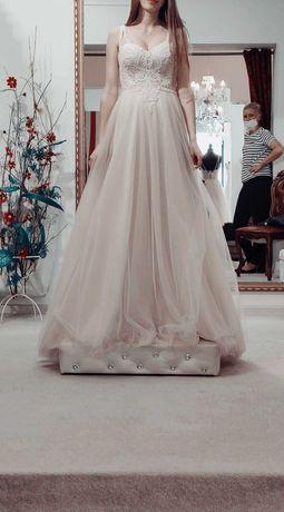 Suknia ślubna w kolorze śmietankowym 166cm +obcas!