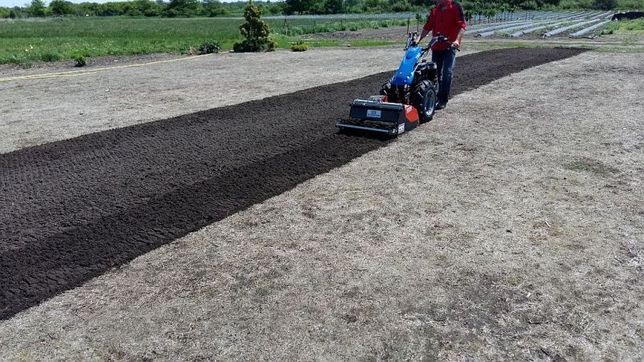 Usługi glebogryzarką separacyjną , przygotowanie terenu pod trawniki